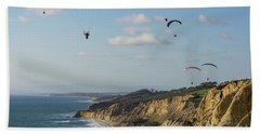 Paragliders At Torrey Pines Gliderport Over Black's Beach Hand Towel