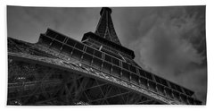 Hand Towel featuring the photograph Paris - Eiffel Tower 001 Bw by Lance Vaughn