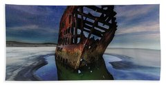Peter Iredale Shipwreck Under Starry Night Sky Bath Towel
