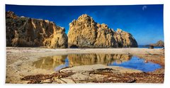 Hand Towel featuring the photograph Pheiffer Beach - Keyhole Rock #16 - Big Sur, Ca by Jennifer Rondinelli Reilly - Fine Art Photography