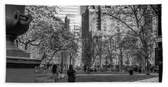 Hand Towel featuring the photograph Philadelphia Street Photography - 0902 by David Sutton