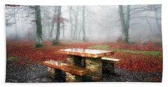 Picnic Of Fog Bath Towel