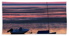 Hand Towel featuring the photograph Pink Dawn by Dianne Cowen