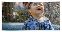 Playing In The Rain Bath Towel by Ralph Vazquez
