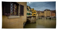 Bath Towel featuring the photograph Ponte Vecchio by Sonny Marcyan