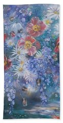 Hand Towel featuring the painting Poppies, Wisteria And Marguerites by Ryn Shell
