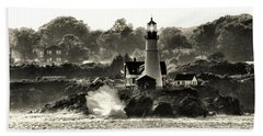 Portland Head Light At Cape Elizabeth In Black And White Bath Towel