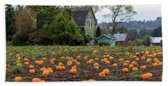 Pumpkin Patch By Farm House In Oregon Bath Towel by Jit Lim