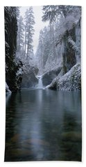 Punch Bowl Winter Hand Towel