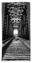 Railroad Bridge Black And White Bath Towel