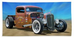 Bath Towel featuring the photograph Rat Truck On The Beach by Mike McGlothlen