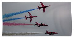 Red Arrows Break Off - Teesside Airshow 2016 Bath Towel by Scott Lyons
