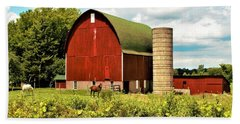 0040 - Red Barn And Horses Hand Towel