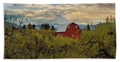 Red Barn At Pear Orchard Hand Towel