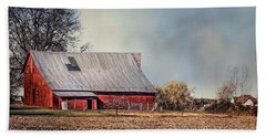 Red Barn In Late Fall Bath Towel