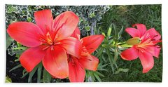 Red Day Lilies Bath Towel