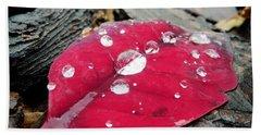 Red Fall Leaf Bath Towel