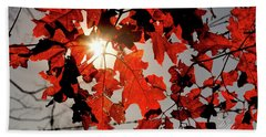 Red Fall Leaves Bath Towel