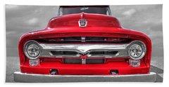 Red Ford F-100 Head On Bath Towel