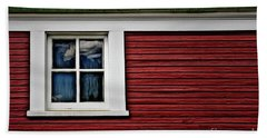 Bath Towel featuring the photograph Red Green by Brad Allen Fine Art
