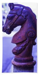 Red Horse Hitching Post Bath Towel