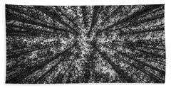 Red Pine Tree Tops In Black And White Bath Towel