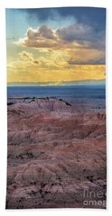 Red Rock Pinnacles Bath Towel