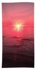 Red Sky Sunset Bath Towel