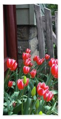 Red Tulips In A Wisconsin Garden Bath Towel