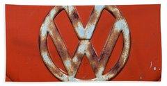 Bath Towel featuring the photograph Red Vw Bus Emblem by Jani Freimann
