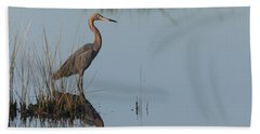 Reddish Egret And Reflection In The Morning Light Bath Towel