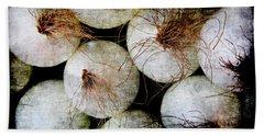 Renaissance White Onions Bath Towel