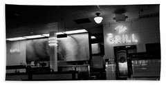 Retro Diner In Athens, Georgia -black And White Bath Towel