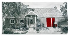 Retzlaff Winery With Red Door No. 2 Bath Towel by Mike Robles