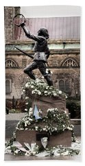 Richard The Third Statue Bath Towel