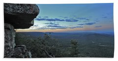 Hand Towel featuring the photograph Rim Daybreak by Gary Kaylor