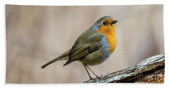 Hand Towel featuring the photograph Robin In Spring by Torbjorn Swenelius