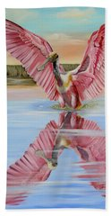 Bath Towel featuring the painting Rockport Roseate Spoonbill by Phyllis Beiser