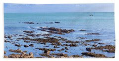 Rocks And Seaweed And Seagulls In The Irish Sea At Howth Bath Towel by Semmick Photo