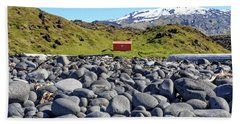 Hand Towel featuring the photograph Rocky Beach Iceland by Edward Fielding