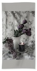 Bath Towel featuring the photograph Romantic Thoughts by Sherry Hallemeier