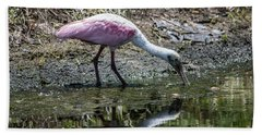 Roseate Spoonbill Reflection No. 3 Bath Towel