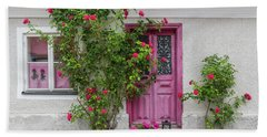 Roses Decorating The House Entrance Bath Towel