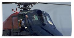Hand Towel featuring the photograph Royal Helicopter by Travel Pics