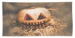 Rustic Barn Pumpkin Head In Horror Fog Bath Towel