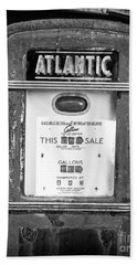 Rusty Old Vintage Atlantic Gas Pump Black And White Hand Towel