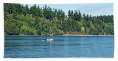 Sailboat Near San Juan Islands Bath Towel