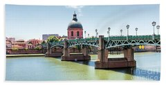 Bath Towel featuring the photograph Saint-pierre Bridge In Toulouse by Elena Elisseeva