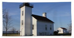Sand Point Lighthouse In Escanaba Hand Towel