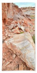 Bath Towel featuring the photograph Sandstone Arrowhead In Valley Of Fire by Ray Mathis